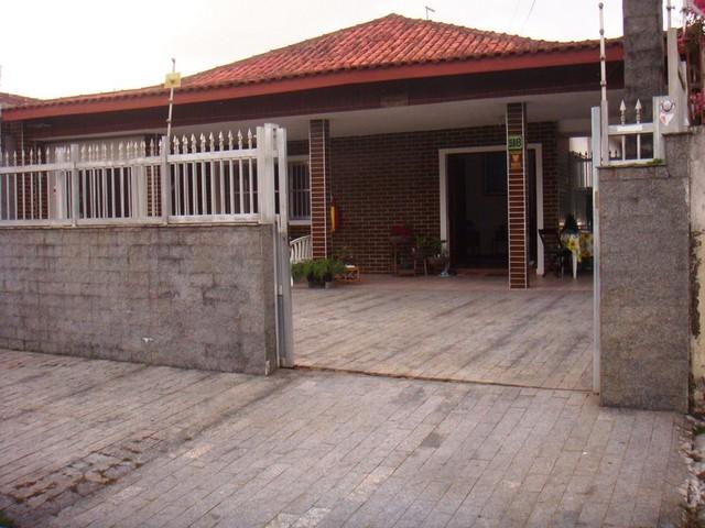 Casa Térrea com solarium