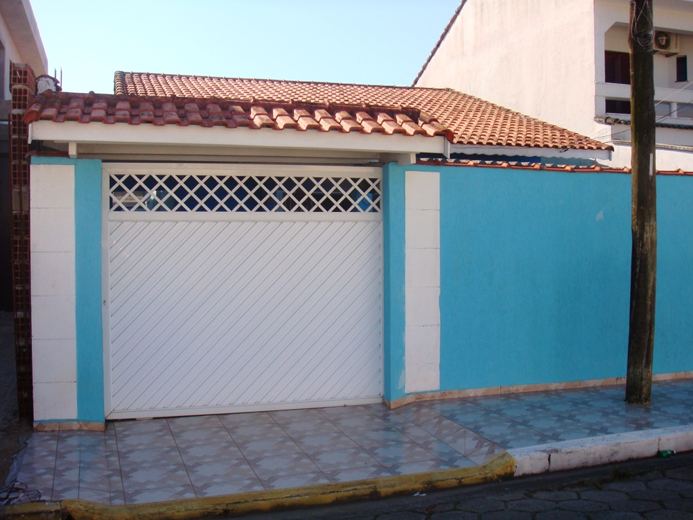 Casa Edícula c/ churrasqueira