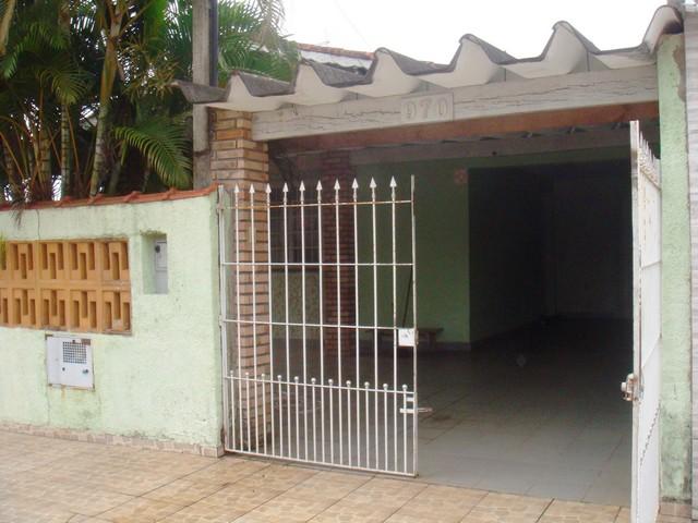 Casa ampla de esquina