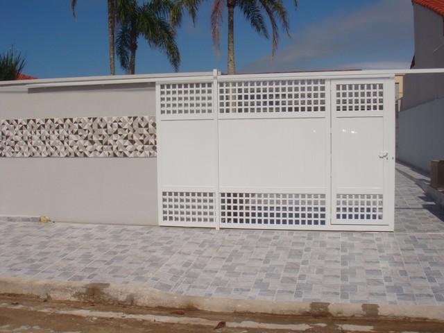 Casa Térrea c/ Piscina