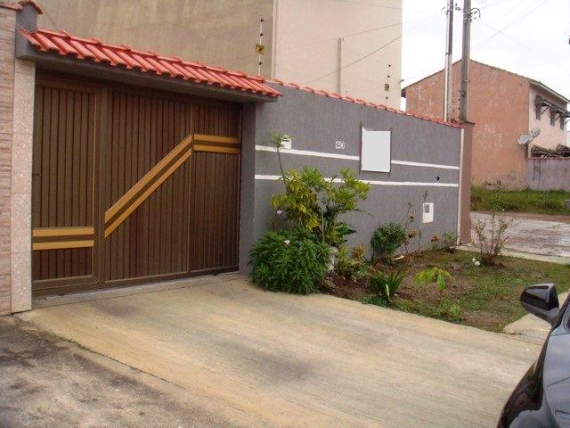 Casa c/ Piscina -Churrasqueira